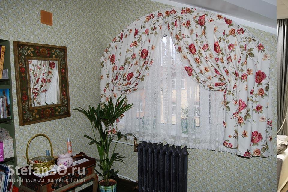 Арочное окно в спальне художницы.ЖК-Покровский-берег