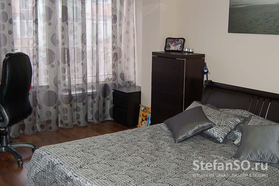 Современная спальня в серых тонах